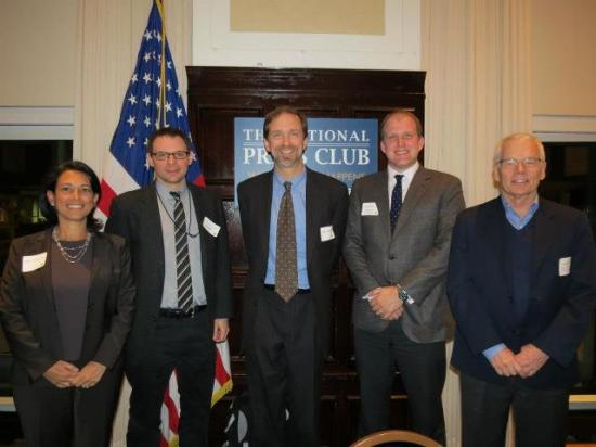 A posed moment from an alumni event in DC (via DC Alumni Facebook Page)