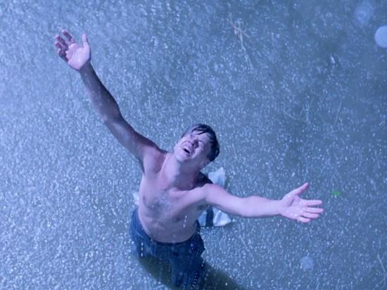 shawshank-redemption-tim-robbins-andy-dufresne-rain-scene