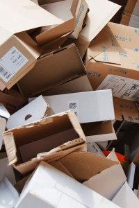 empty-cardboard-boxes-871284454700h9dU