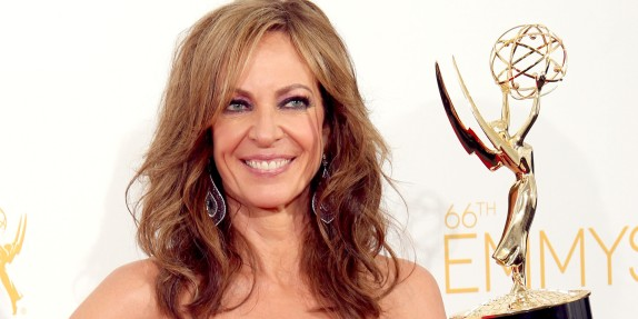 Janney '82 to receive star on Walk of Fame. (Photo by Dan MacMedan/WireImage)