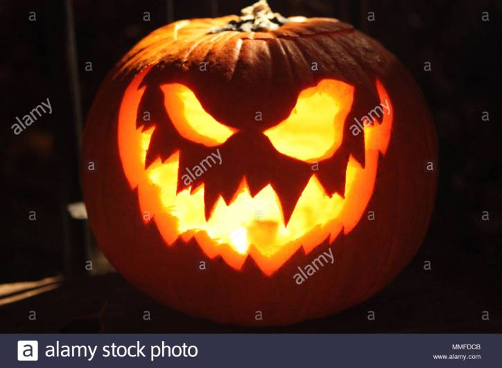 close-up-of-a-jack-o-lantern-carved-for-halloween-night-MMFDCB.jpg